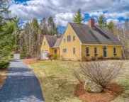 82 CARRIAGE Road, New Boston image