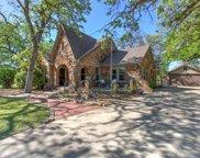 2201 Daisy Lane, Fort Worth image