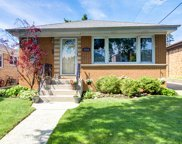 7734 W Clarence Avenue, Chicago image