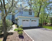 6 Foxwood Square, Old Tappan image