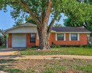 409 W Linden Drive, Mustang image