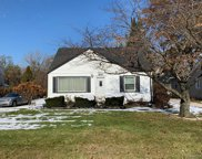 5427 Southlawn Dr, Sterling Heights image