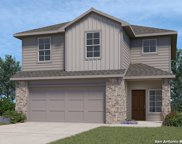313 Middle Green Loop, Floresville image