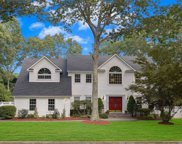7 Baron Ct, Stony Brook image