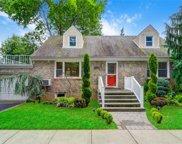 627 Princeton  Avenue, Garden City S. image