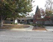 1473 Ravenswood Dr, Los Altos image