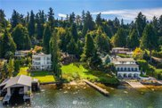 9528 SE Shoreland Drive, Bellevue image