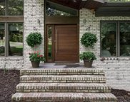 320 Knoll Woods Drive, Roswell image