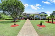 8215 Lakeview Drive, Wilmington image