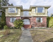 258 E 25th Street, North Vancouver image