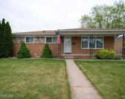 24734 Patricia Ave, Warren image