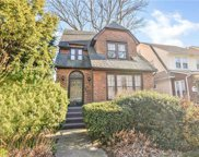 109-42 Park Lane South, Richmond Hill N. image