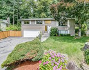 19756 40th Ct NE, Lake Forest Park image