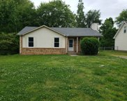 384 Roselawn Dr, Clarksville image