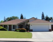9111 Oak Hills, Bakersfield image