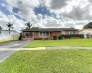 811 Nw 98th Ave, Pembroke Pines image