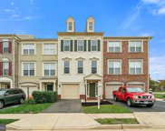 43255 Sunderleigh   Square, Broadlands image