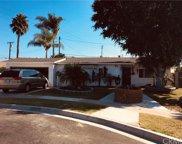 8582     Bird Avenue, Midway City image