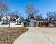 8 Ranch  Lane, Des Peres image