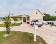 6325 Wisteria Lane, Apollo Beach image