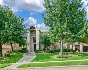 6633 Canyon Oaks Circle, Plano image