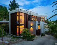 126 NW 53rd St, Seattle image