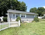10 Overlook Dr, Chicopee image