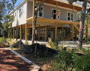 105 Ne 38th Street, Oak Island image