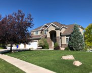 4588 S Spring Meadow Dr, Bountiful image