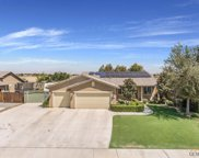 7722 Valle De Baztan, Bakersfield image