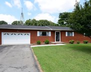 917 SW Green Hills Rd, Knoxville image