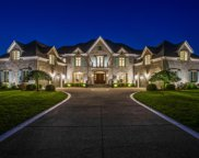46 Governors Way, Brentwood image
