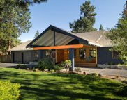 20980 Greenmont  Drive, Bend image