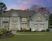 8435 Sentinae Chase Drive, Roswell image