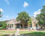425 Crested Ridge Lane, Fort Worth image