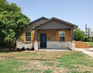 1705 E Davis Avenue, Fort Worth image