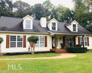 6992 Williams Dr, Douglasville image