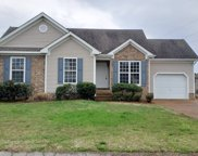 2125 Long Meadow Dr, Spring Hill image