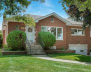 3917 Forest Avenue, Western Springs image