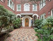 411 Boylston Ave E Unit 104, Seattle image