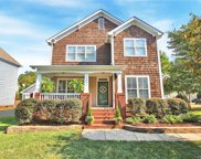15822  Kelly Park Circle, Huntersville image