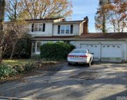 2 Michael F St, Locust Valley image