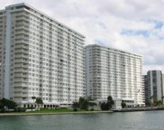 300 Bayview Dr Unit #1111, Sunny Isles Beach image