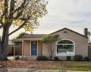 1112 Clinton St, Redwood City image