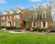 9253 Applecrest  Court, Symmes Twp image