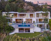 8854 Thrasher Avenue, Los Angeles image