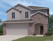 200 Middle Green Loop, Floresville image