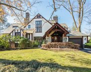 12 Campden Road, Scarsdale image