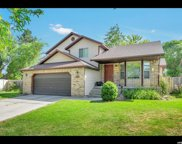 11257 Scobey  Cir, Sandy image