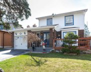 6 Renfield Cres, Whitby image
